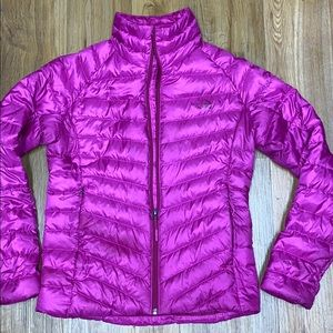 The North Face  700 women jacket size s magenta